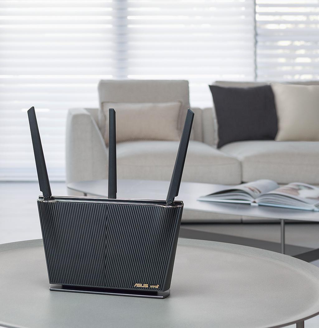 Router Wireless Asus RT-AX68U, AX2700, IEEE 802.11a, IEEE 802.11b IEEE 802.11g, IEEE 802.11n, IEEE 802.11ac, IEEE 802.11ax, 3 x external antenna, 1.8GHz DUAL-CORE processor, 256 MB Flash, 512 MB RAM, Dual-Band 2.4GHz/5GHz, RJ45 for Gigabits BaseT for WAN x 1、RJ45 for Gigabits BaseT for LAN x 4 USB - imaginea 1