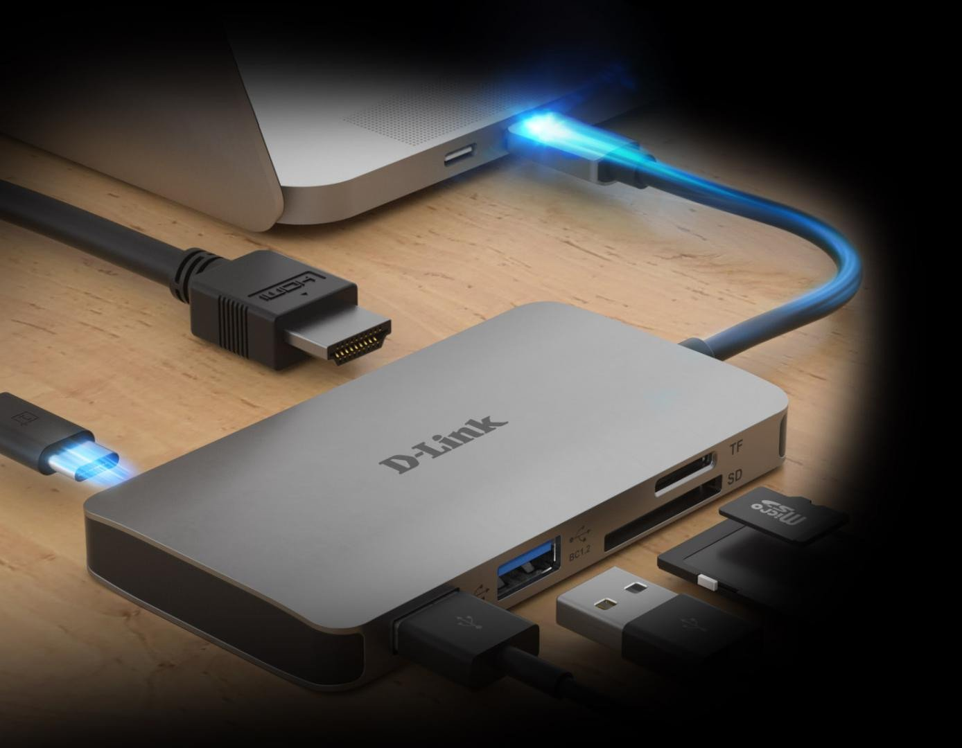 D-Link 6-in-1 USB-C Hub with HDMI, SD/microSD card reader and power delivery, DUB-M610, 1* USB-C connector with USB cable 11.5 cm, 1* HDMI Port, 2* USB Type-A Port (USB 3.0), 1* SD card slot, 1* microSD card slot, 1* USB-C power delivery. - imaginea 1