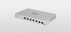 Ubiquiti UniFi switch 6 porturi USG-XG-6POE, 2x 1/10 SFP+, 4x 802.bt PoE++ Ports, 1U Rack- Mountable, consum maxim 40w.